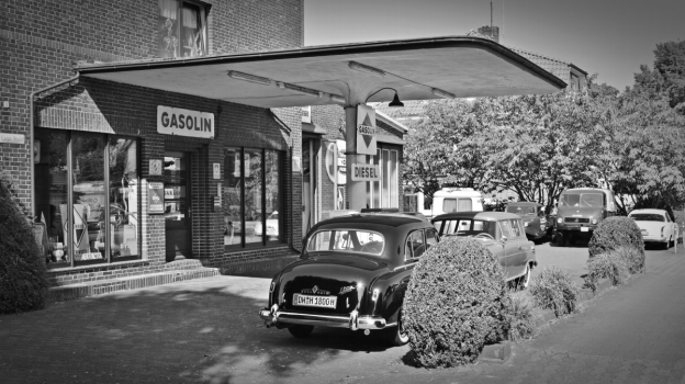A Brief History of the United States Fuel Retail Industry