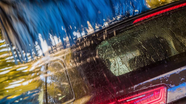 Why Your Gas Station Should Invest in Car Wash Service